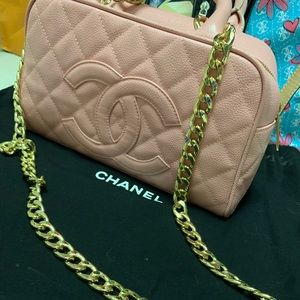 Pink Chanel bowler bag 👛 🌸🌸🎀💗